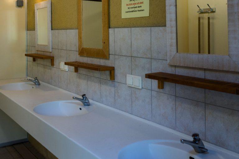 Sanitairgebouw 3